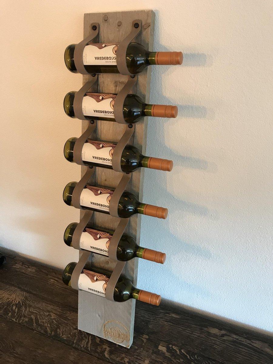 Wijnrek van hout en taupe leer - 1mtr hoog en plaats voor 6 wijnflessen - Wijnrek van steigerhout. Op te hangen of staand te plaatsen